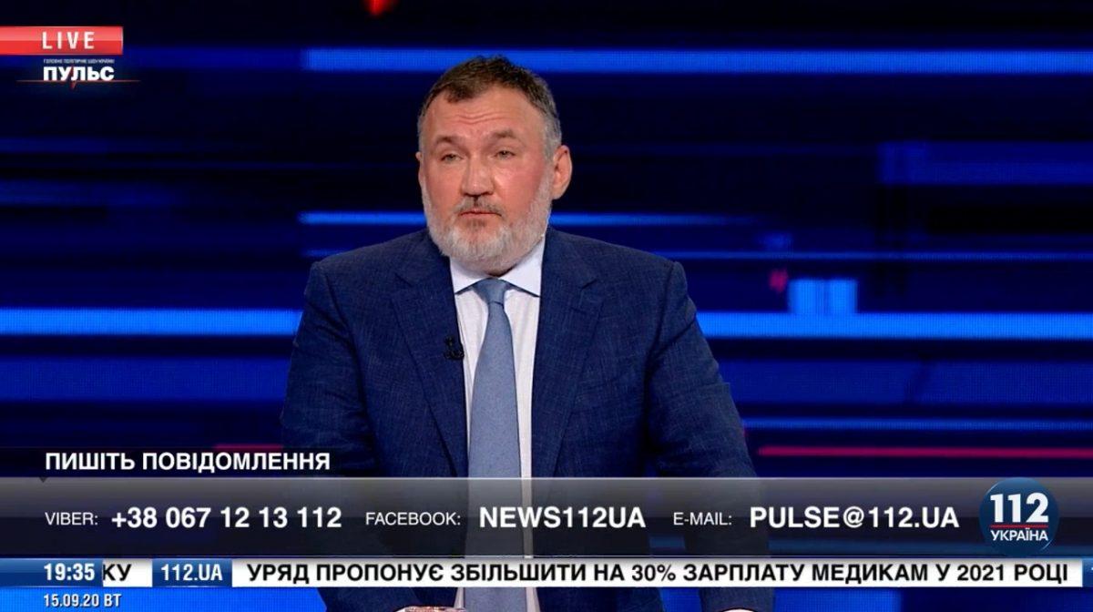 Все, что происходит в стране, — не на пользу Украины.