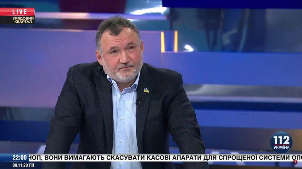 Традиционный вид спорта среди украинских политиков — кто быстрее добежит и лизнет царственную задницу
