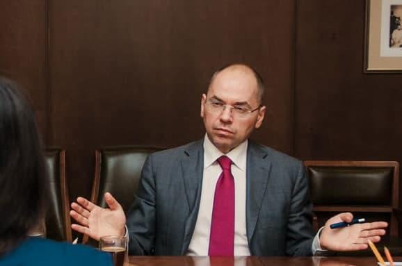 Министр здравоохранения Украины заявил, что с февраля в Украине начнётся массовая вакцинация от коронавируса.